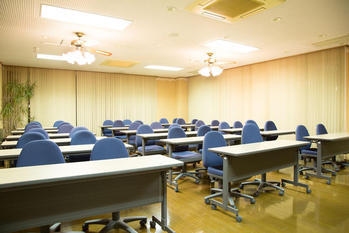 講義室/図書室